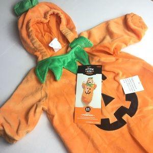 NEW! Baby Halloween pumpkin 0-6 months